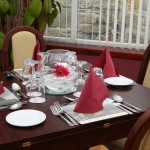 Dining at the 3 star SUnninghill Hotel Elgin